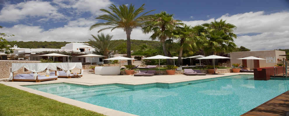 Can lluc country boutique hotel and villas rural for Design boutique hotels ibiza